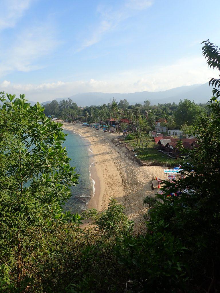 Strand Maenam