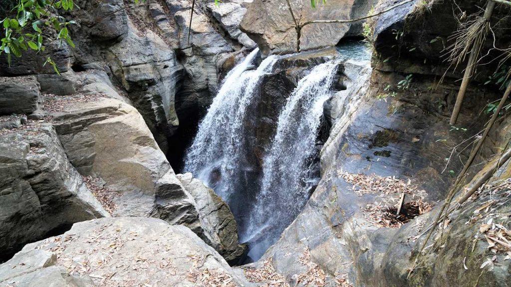 Flores Wasserfall