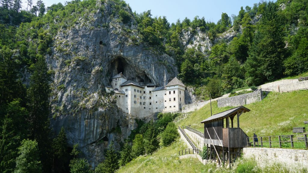 Slowenien Höhlenburg